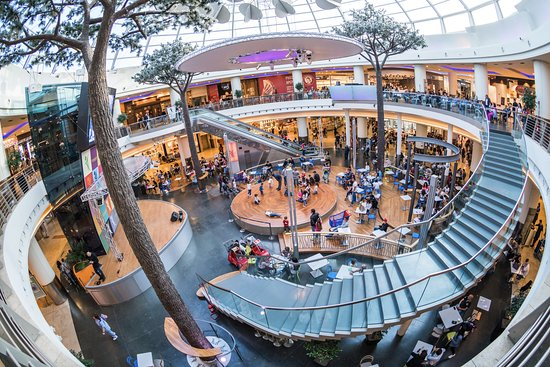 Marcianise ce al centro commerciale campania spazio for Centro convenienza arredi marcianise marcianise ce